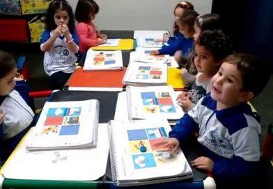 Bingo dos Animais é uma maneira divertida de Ensinar e Aprender